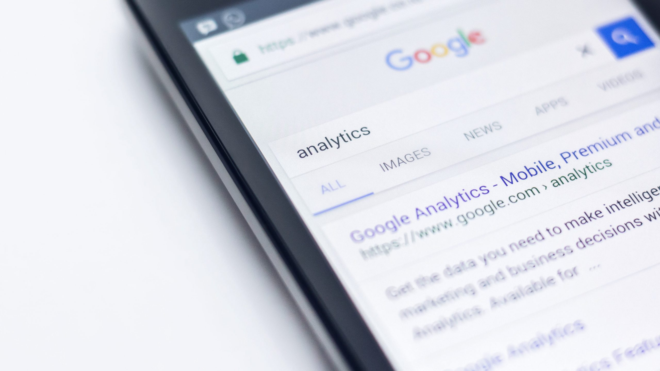 mobile search showing google analytics search term